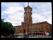 The Red City Hall is the town hall of Berlin. It is the home to the governing mayor and the government (the Senate of Berlin) of the Federal state of Berlin. [Zhang Fang/China.org.cn]