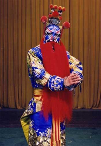 Meng Guanglu plays at 'Five Dragons Subdued'