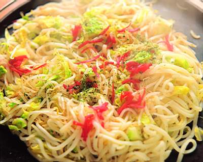 Instant noodles, one of the 'top 10 foods harmful to your health' by China.org.cn.
