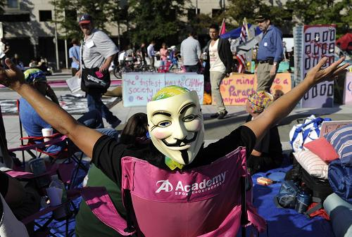 'Occupy Wall Street' protesters continued their protest against U.S. corporate greed. [Xinhua]