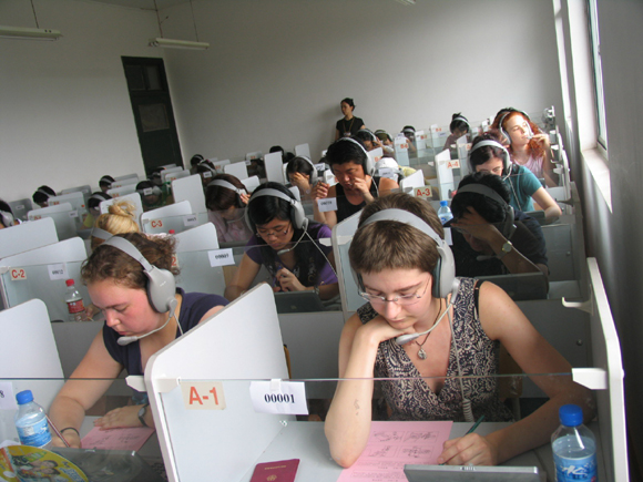 Chinese language proficiency test has become popular in recent years. In this file photo, foreign students attend a Chinese language proficiency test in Tianjin in April 2010.