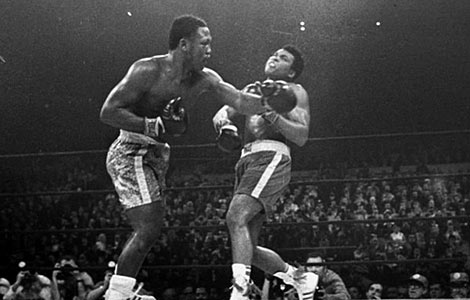US boxing great Joe Frazier dies at 67
