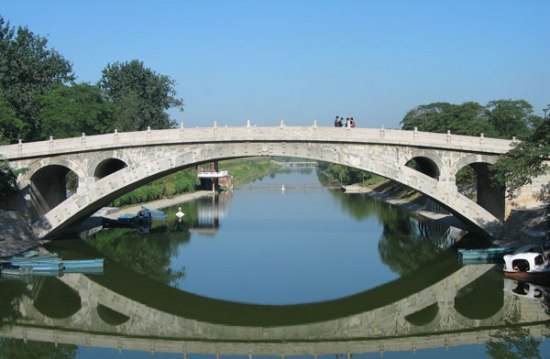 Located in Zhaoxian County, Hebei Province, Zhaozhou Bridge, also known as Anji Bridge, is the oldest and best-preserved open-spandrel stone segmental arch bridge in the world.