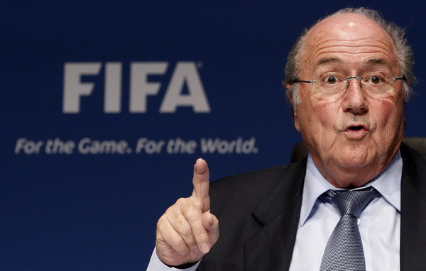 English players' chief calls on Blatter to quit
