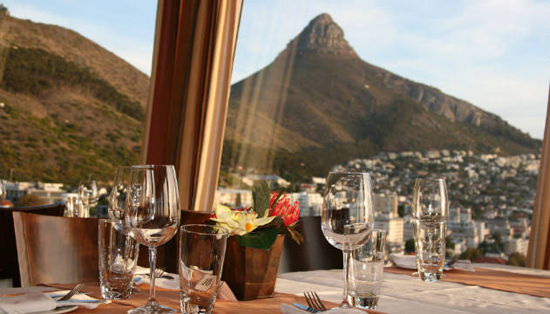 Top of the Ritz: Cape Town, one of the 'top 10 world's revolving restaurants' by China.org.cn