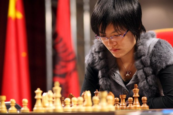  Hou Yifan. 