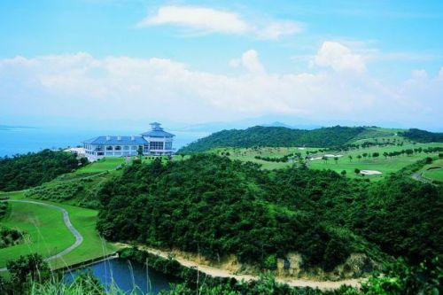 Century Seaview Golf Club, one of the 'Top 10 golf clubs in Shenzhen' by China.org.cn.