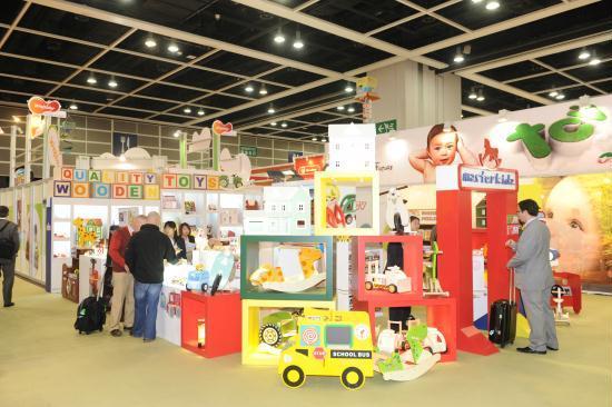 Smart toys: A hit at Hong Kong toy fair - China.org.cn