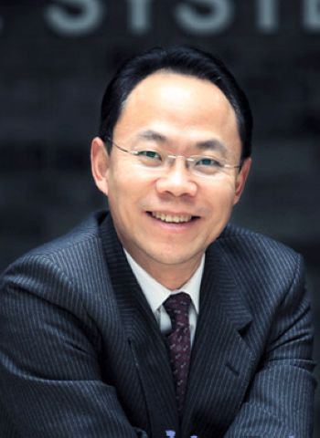 Cheng Jing, one of the 'Top 5 Chinese business leaders in next 15 years' by China.org.cn.