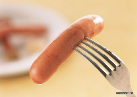 A research shows that eating one sausage a day or two rashers of bacon raises the risk of pancreatic cancer by a fifth. [Agencies]