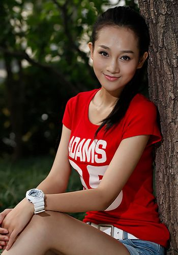 Ren Han, one of the 'Top 10 winners of Miss Campus China Contest 2011' by China.org.cn.