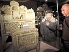 Jade furniture auctioned for RMB 220 mln