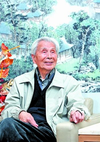 Wu Guanzhong, one of the 'Top 15 highest-selling artists in 2011' by China.org.cn.