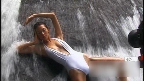 lin chi ling bikini