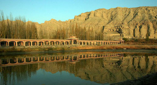 Lanzhou--Dunhuang,one of the 'Top 10 best cycling routes in China' by China.org.cn.