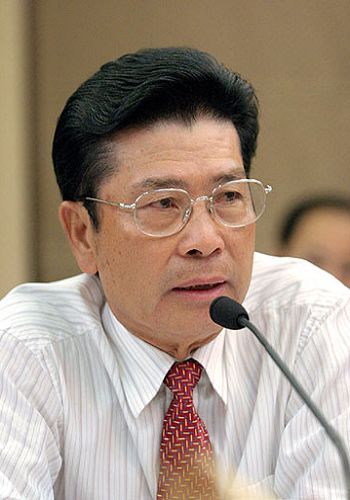 He Xiangjian, one of the 'Top 10 biggest losers of wealth in China 2011' by China.org.cn.