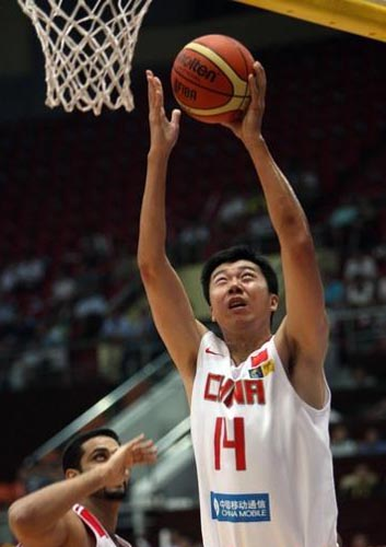 Wang Zhizhi,one of the 'Top 10 highest-earning Chinese athletes of 2011' by China.org.cn.