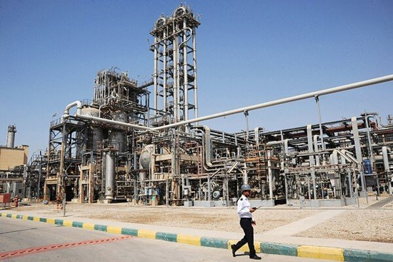 An Iranian oil refinery [File photo]