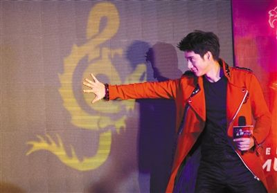 Lee-Hom Wang to sing solo at Bird's Nest - China org cn