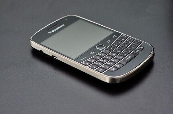 BlackBerry Bold 9900, one of the 'top 10 best-selling cell phones in Asia' by China.org.cn.