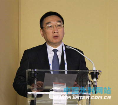 Chen Lei, China's Minister of Water Resources, speaks at the China-Europe Water Platform Conference. [water.com.cn]