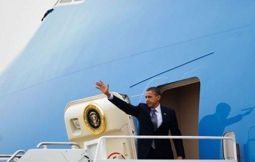 US President Barack Obama makes his way to board Air Force One [AFP, Mandel Ngan]