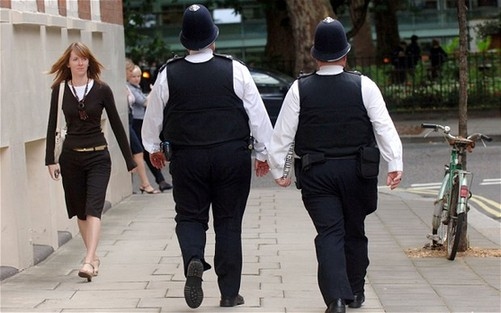 All police officers should be made to take an annual fitness test. [Agencies]