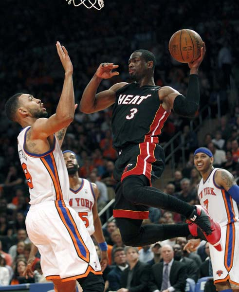 Big Three carry Heat past Knicks