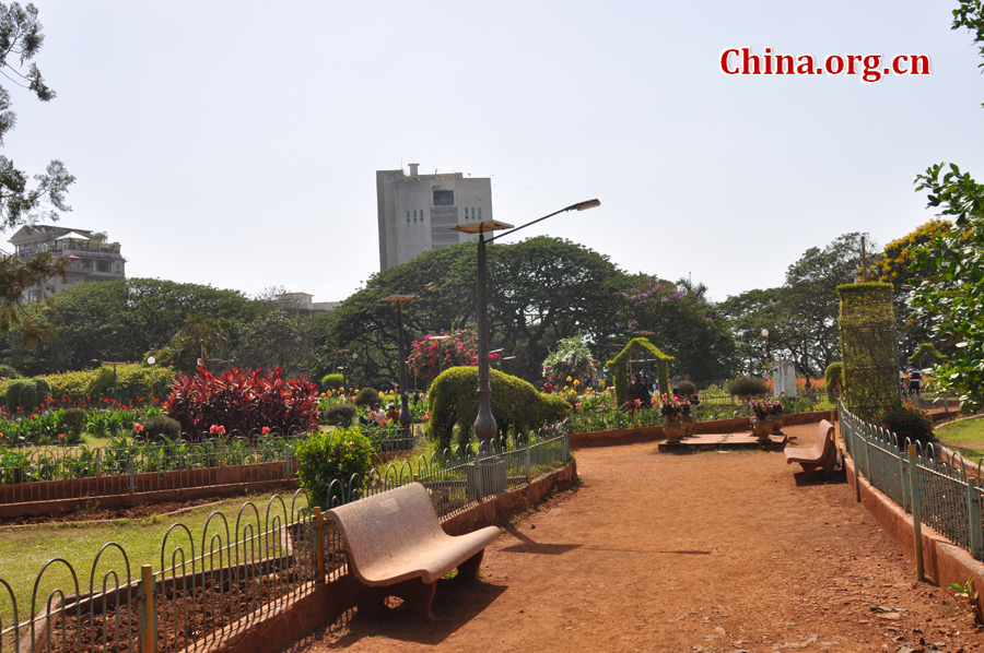 Photo taken on April 29 shows the beautiful scenery of Hanging Gardens in Mumbai, India. [China.org.cn/by Chen Chao and Huang Shan]