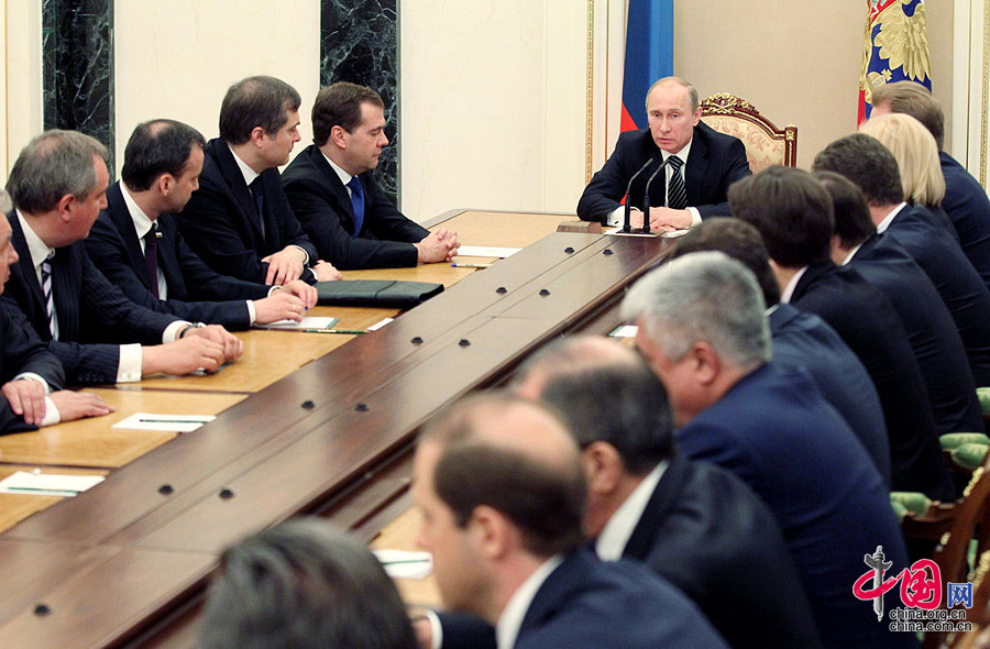 Putin appoints new cabinet - China.org.cn