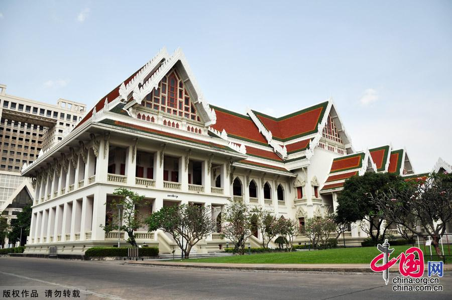 The oldest university in Thailand - China.org.cn