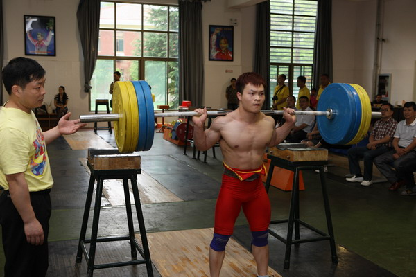 8c536ca4be77 Chinese weightlifters gear up for Olympics - China.org.cn