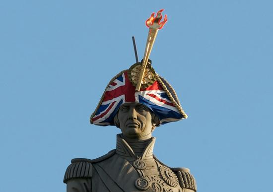 The 'Hatwalk' exhibition, which has 21 of London's iconic statues wearing modern and colorful hats designed by some of the most talented British designers, have been held in London for the Olympic celebration.