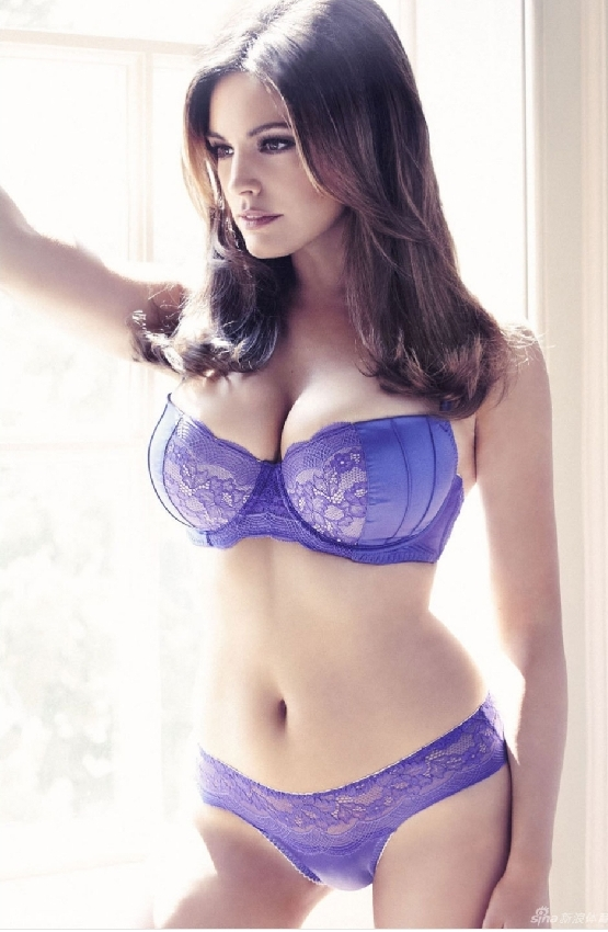 Kelly Brook New Look Lingerie Collection China Org Cn