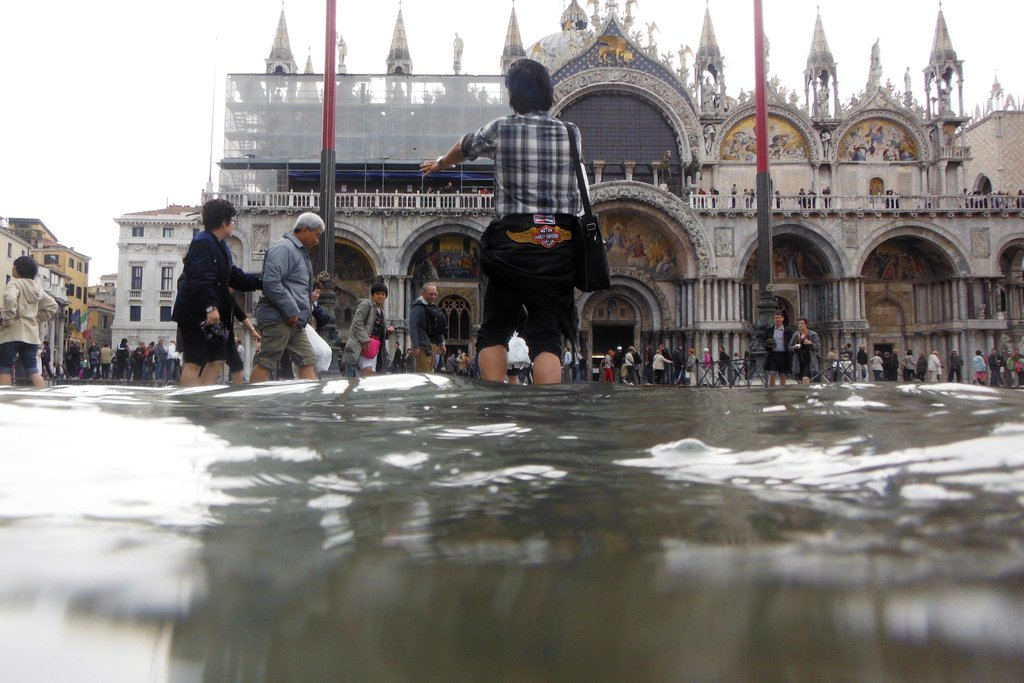 Venice on 'code red' as city sees worst flooding since 2012 |Venice Flooding October 2012