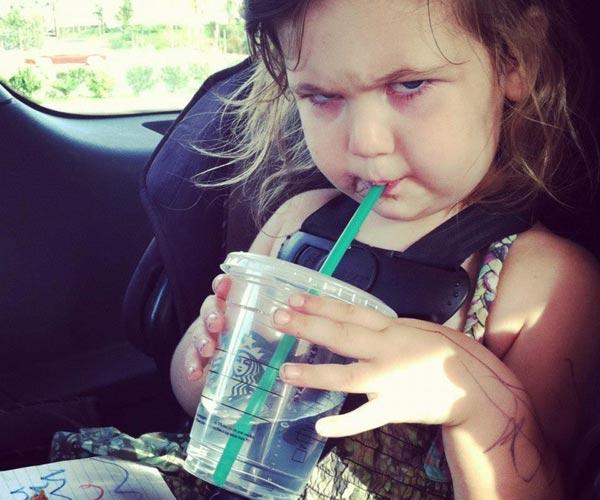 2012年度 愤怒的宝宝 表情秀大赛 The Evil Baby Glare Off Competition