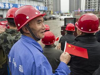 社会各界关注十八大开幕 Chinese pay close attention to 18th CPC National Congress