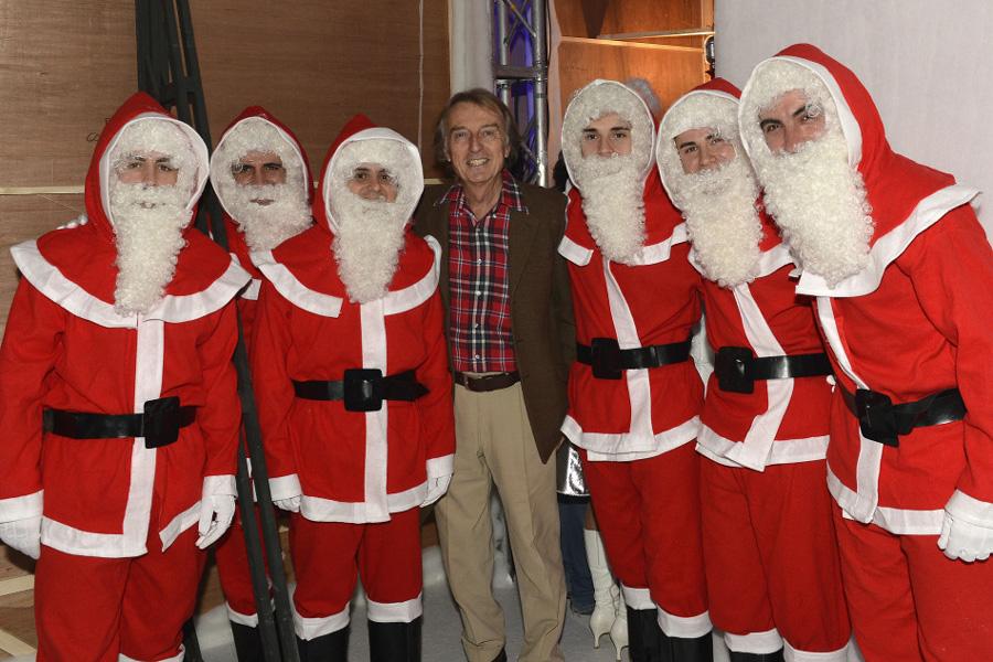 Ferrari holds x 39 mas party for kids for Ferrari christmas