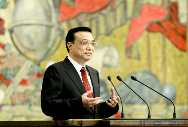 File photo taken on April 28, 2012 shows Li Keqiang delivers a speech at Moscow State University in Moscow, capital of Russia. [Photo/Xinhua]