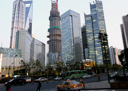 The Central Business District in Shanghai, China's financial hub. [Xinhua photo]