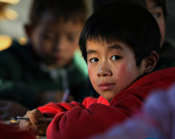 The closing rates are higher than the decline in number of rural children, which had originally brought on the increase in dropout students. [China Daily]