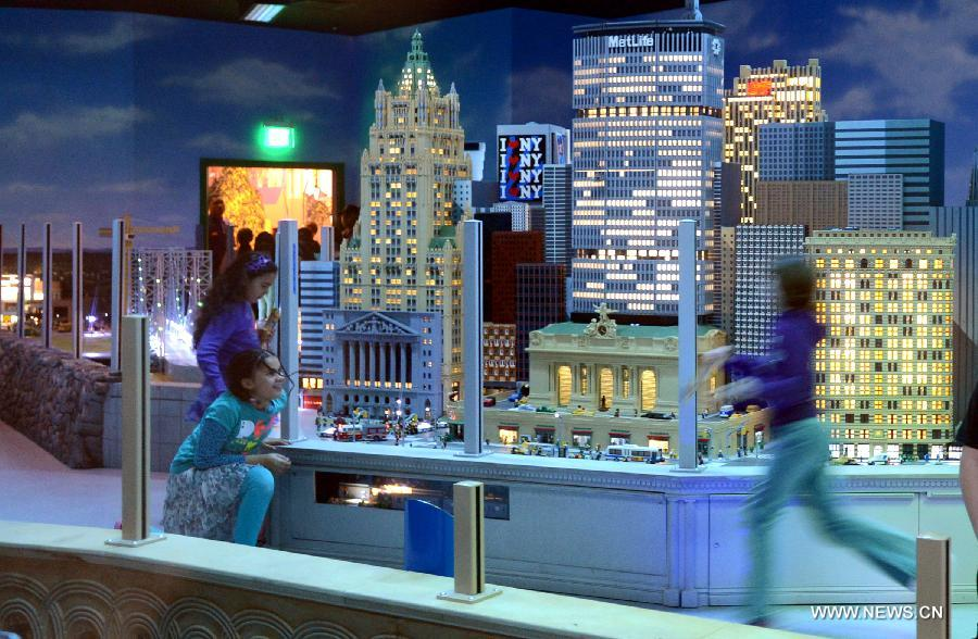 Lego Miniland Of Manhattan 39 S Iconic Landmarks