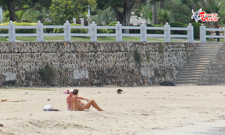 Sanya's nudist beach cause for debate- China.org.cn