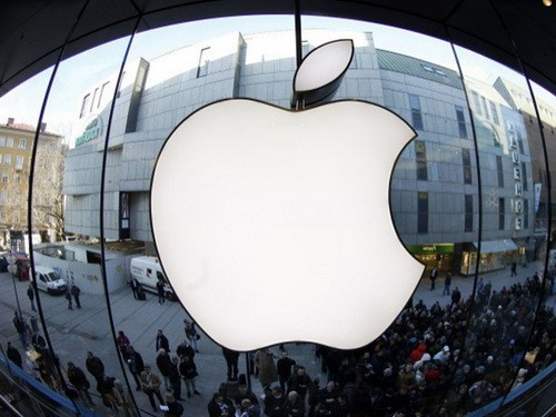 The China Consumer's Association (CCA) has asked Apple Inc. to 'sincerely apologize to Chinese consumers' and 'thoroughly correct its problems,' after the U.S. firm took little action to address waves of criticism. [File photo]