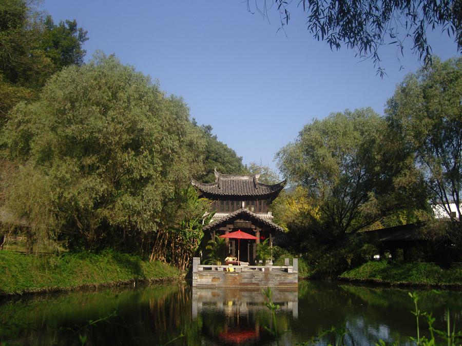 Wuyuan China  city photos : ... in Jiangwan Village of Wuyuan County, east China's Jiangxi Province