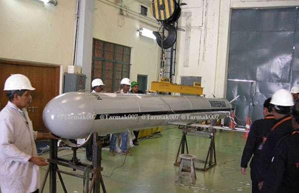 India's self-developed 'Fearless' domestic subsonic medium-range cruise missile looks like the U.S. 'Tomahawk' cruise missile.