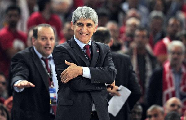 New coach faces tough challenge