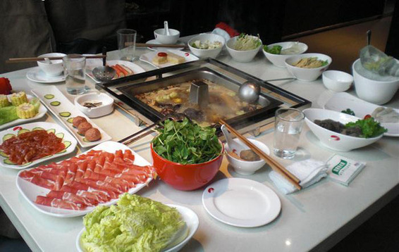 Hai Di Lao is a popular Chinese hot pot chain. [File photo]