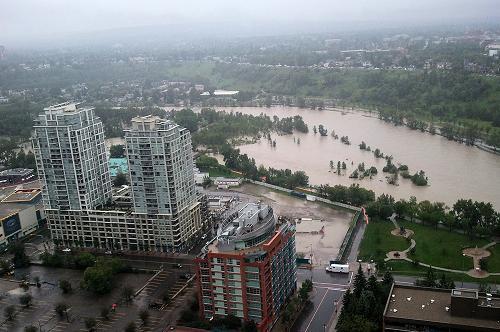 加拿大数十名华裔因不谙英语遭洪水围困 br\/ F