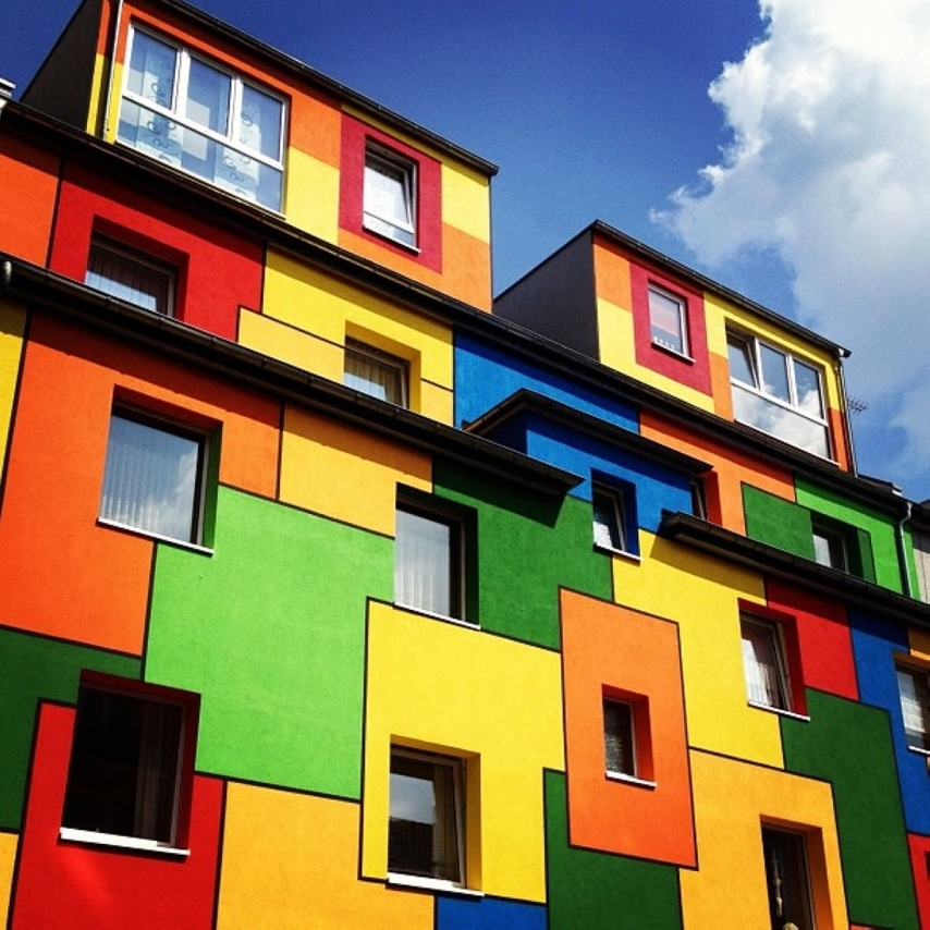 Colorful houses around the world for Houses around the world